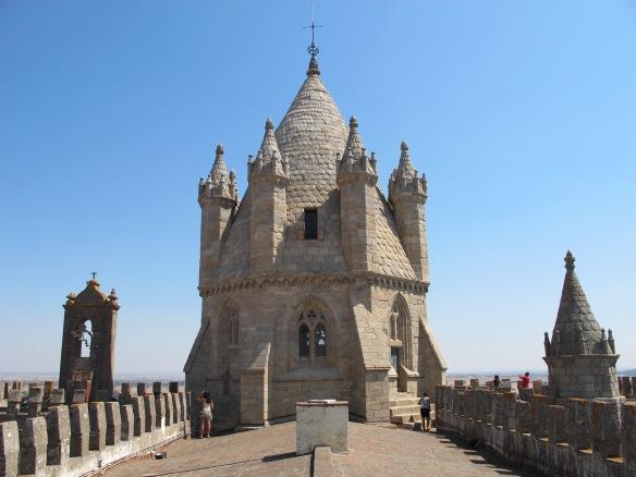Evora-Cathedral (Canon G12)