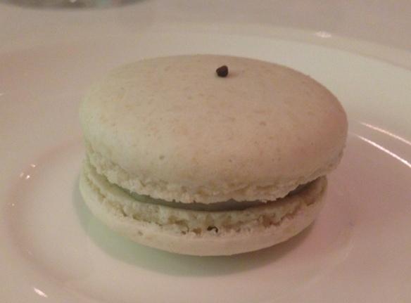 Macaron al gorgonzola 100 giorni e caffè