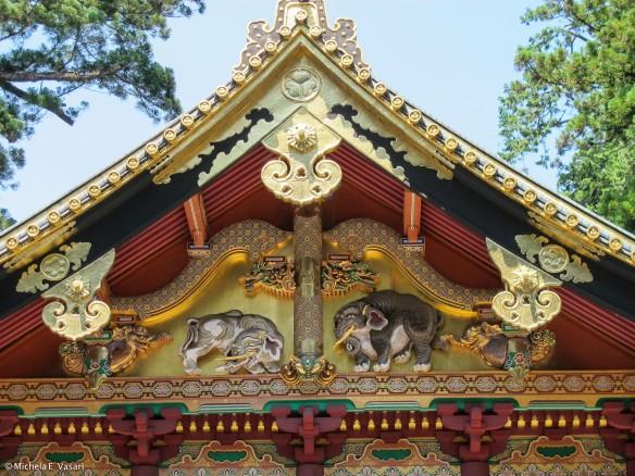 NikkoTōshō-gū: the elephants
